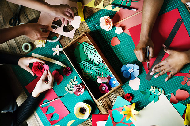 cheap summer fun with your kids - craft time